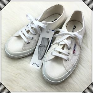 * Superga Low Top Lace Up Sneakers Shoes * White